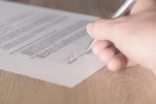 Comment rédiger une lettre de résiliation d'assurance emprunteur pour un remboursement anticipé ?